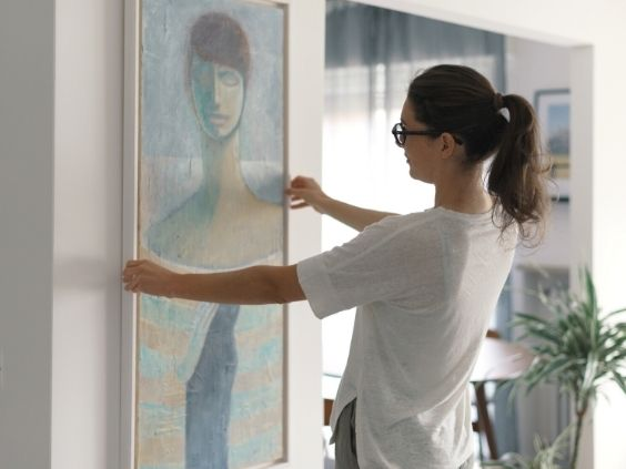 4 Ways To Incorporate Artwork Into Your Home Design