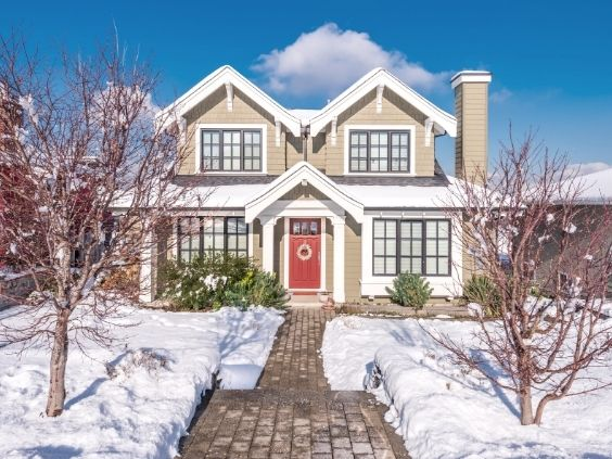 How To Preserve Curb Appeal in the Winter