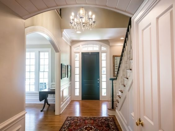 How To Make a Good First Impression on House Guests