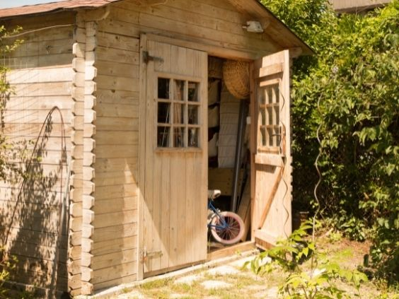 Essential Items You Need for Your She Shed