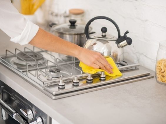 How To Set Your Annual Cleaning Checklist for the Home