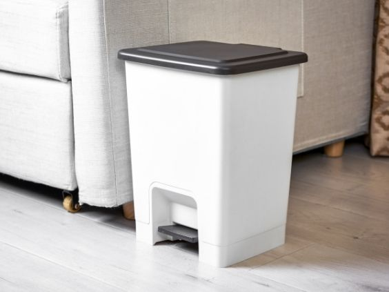 What Size Trash Can Is Right for Your Home